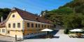3. Bild / Klosterhof im Weingarten