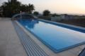 1. Bild / Fiko. Das Schwimmbad